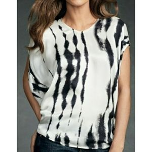 Cabi 137 white and black tic dye do an sleeve top